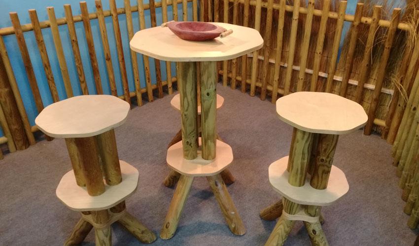 Tavolo bar tuareg in legno